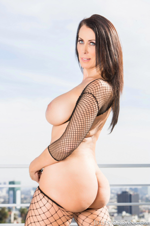 Reagan Foxx Dominatrix Gets Paid To Be A Bitch To Her Clients But Is A Submissive Slut For Manuel